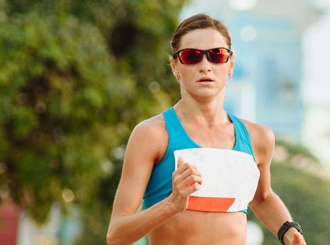 跑步戴運動眼鏡