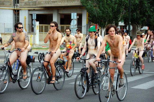 2009年世界裸體單車日