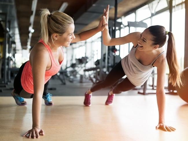 朋友夥伴型的健身教練
