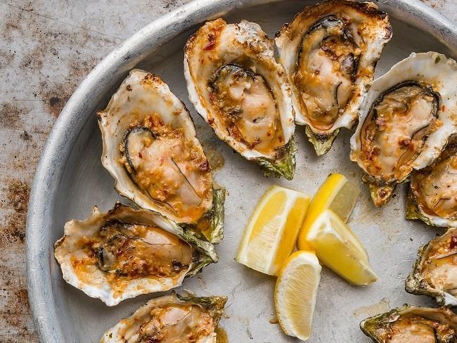 牡蠣擁有大量的維生素A跟蛋白質