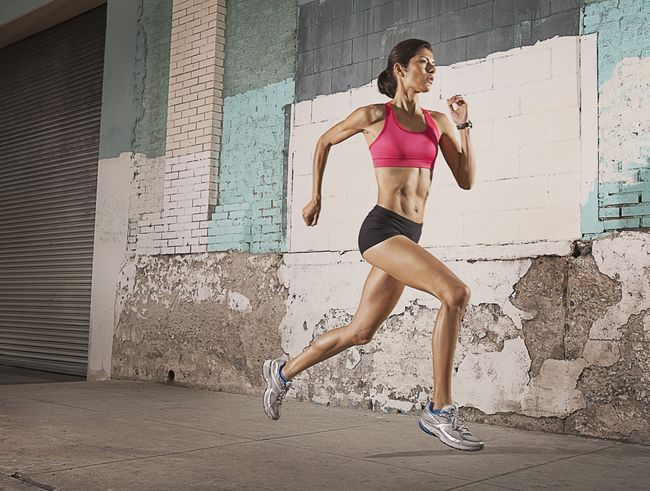 步頻取決於跑齡跑步能力和身體結構