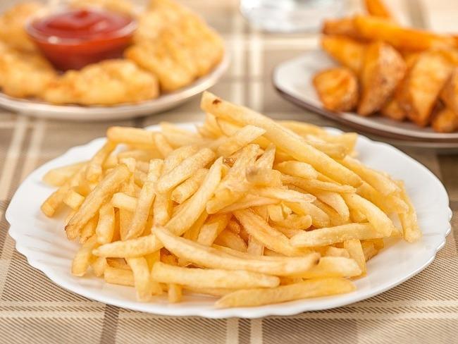 下午茶常見雞排與薯條