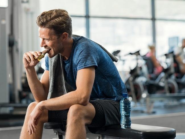 運動補給該哪時吃