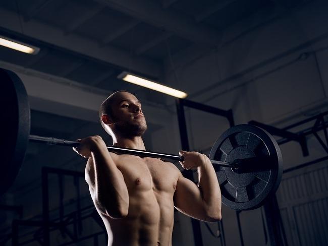 三角肌訓練常見的肩推舉
