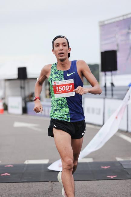 李奇儒以32分13秒完成10K三連霸