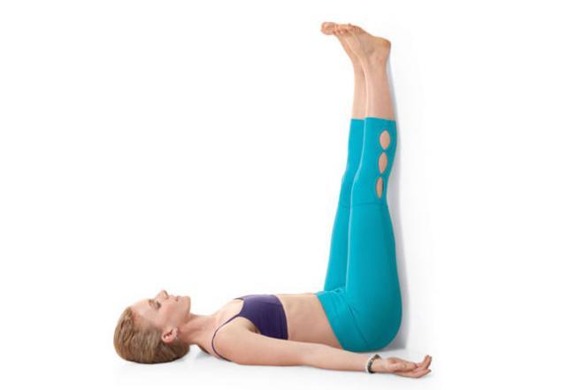 瑜伽 靠牆抬腿式 Legs-Up-the-Wall Pose