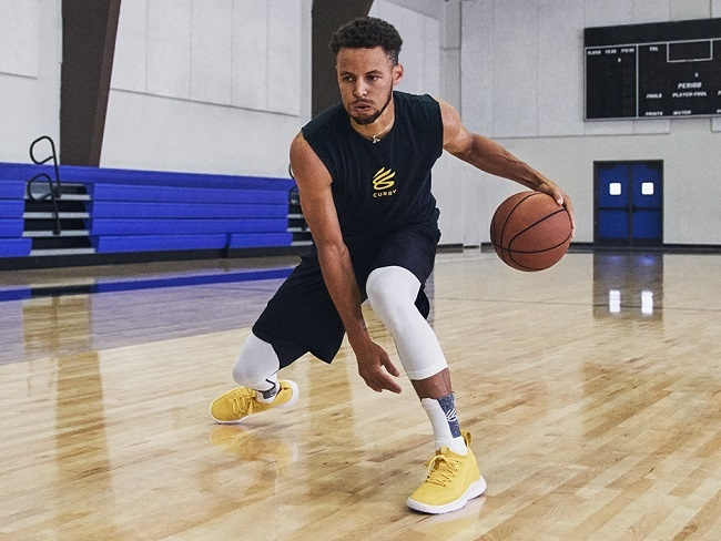Stephen Curry全新籃球戰靴CURRY FLOW 8