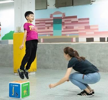 親子一起運動能紓解壓力