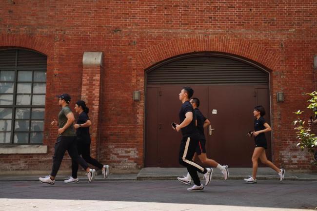 UA跑步教練 Hank帶領試跑體驗
