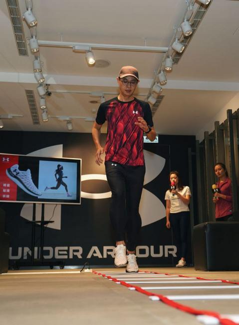 UA跑步教練Hank經驗分享全新UA FLOW中底科技
