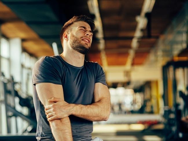 運動傷害很多都是硬撐