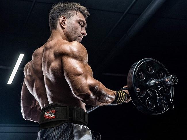 腰帶有助於穩固脊椎