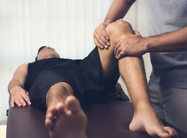 保護膝蓋、減輕膝關節負擔的正確姿勢