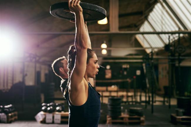 持續的閉氣用力造成血壓下降、脈壓差減少、昏厥情形
