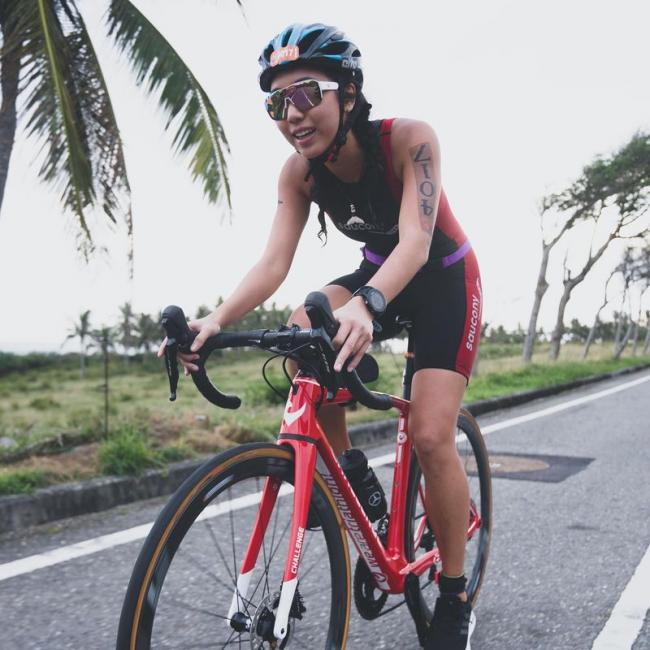 Cindy單車照片