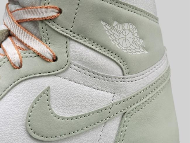 Women's Air Jordan I HI OG