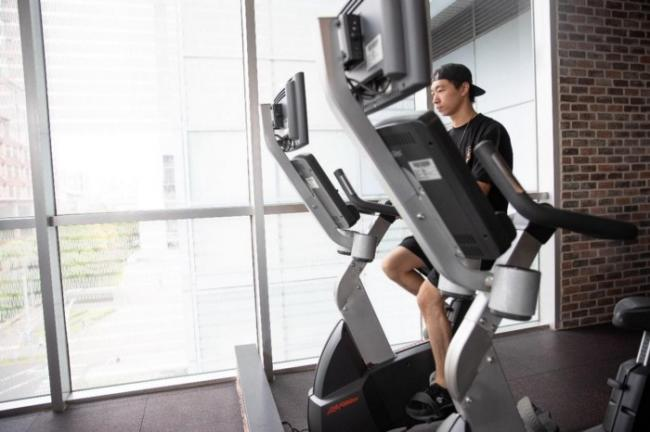鄭喬鴻自我訓練