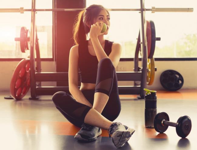 早起健身做重訓表現差