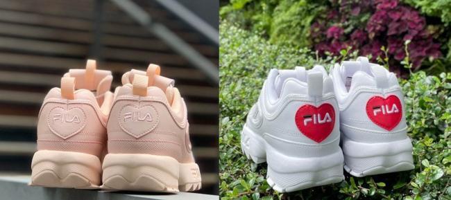 設計上,鞋後跟與鞋底同時裝點愛心