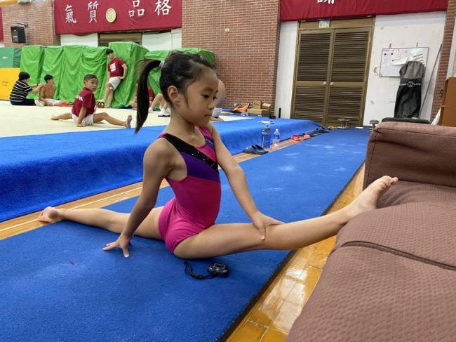 精準運動科學培育「小小貓王」  臺師大創新體育教學模組導入國中小體操教學