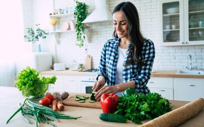 吃菜的份量不設上限,用餐時先從蔬菜開始吃五到七分飽