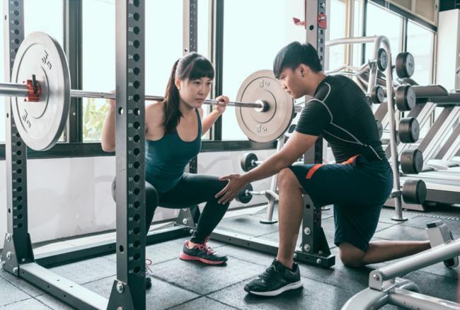 如果光練肌力而沒有彈力,跑步效率仍然大有限制
