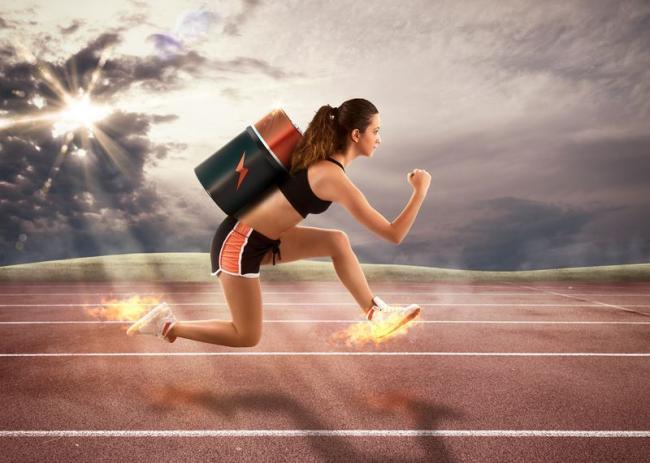 增加訓練難度的另一種方法是把配速加快