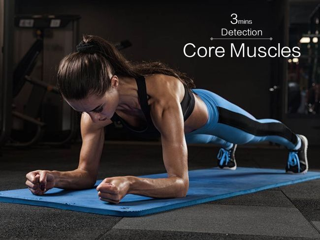 用平板撐體做核心肌力自我檢測