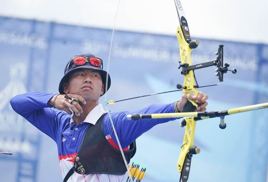 於東京奧運奪銀的射箭男團之一、台師大射箭選手魏均珩