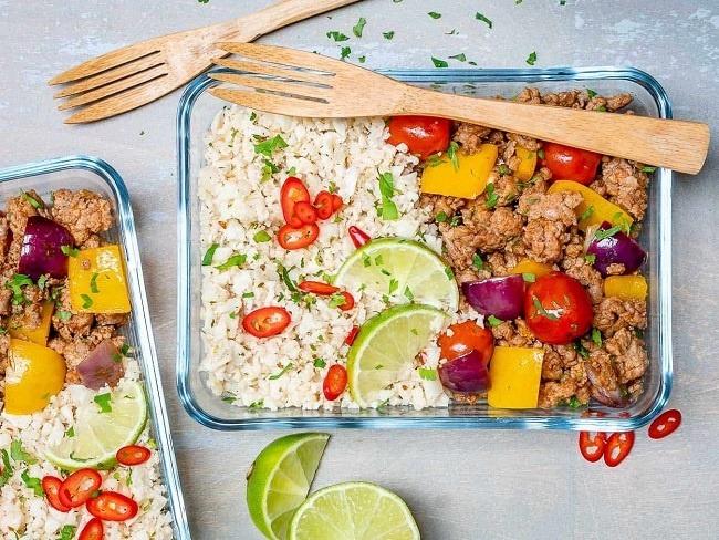 低醣料裡非常熱門的花椰菜飯